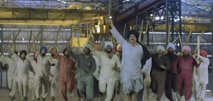 Khadak singh chasing with sword om puri hera pheri meme