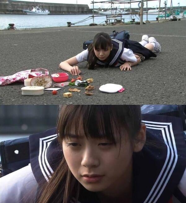 Schoolgirl Spilling Her Lunch Meme Template