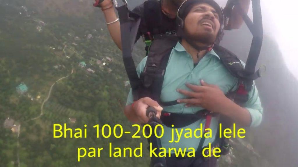 Bhai 100 200 jyada lele par land karwa de Vipin Sahu paragliding viral video meme