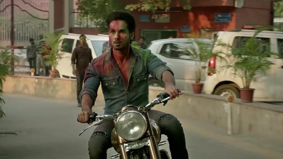 angry shahid kapoor as kabir singh going on a bike wana wana wao wao meme
