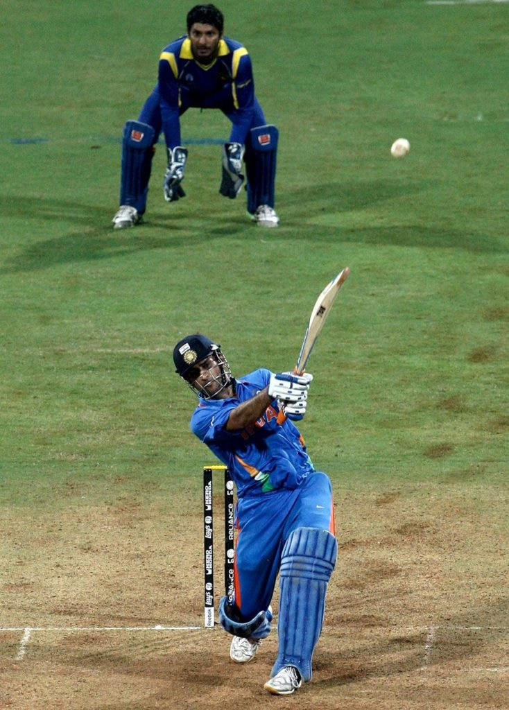 ms dhoni 2011 world cup winning six