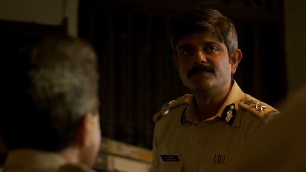 Kya hai na shehar se bhar gaya hai Ashok Beniwal as Police Officer Sinha in Mirzapur
