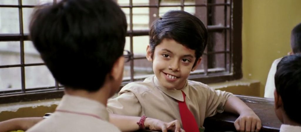 taare zameen par boy Darsheel-Safary looking back funny face expression meme